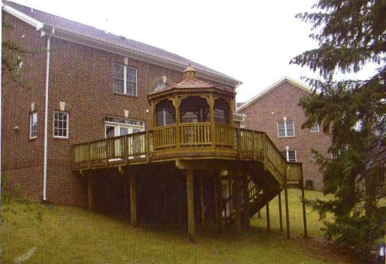 Deck with Octagon Gazebo